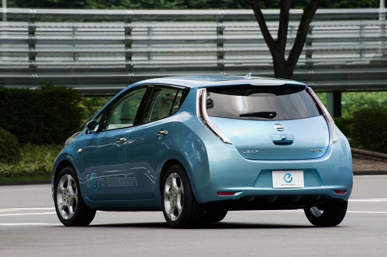 Nissan Leaf An Electric Car That Is Set To Rock