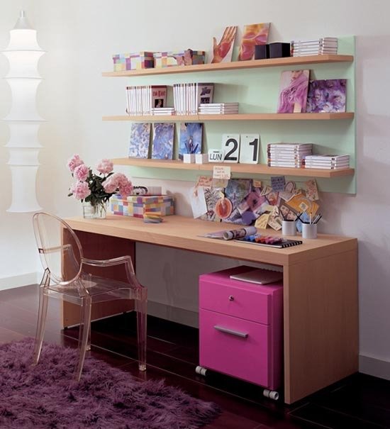 Beautiful kids study table